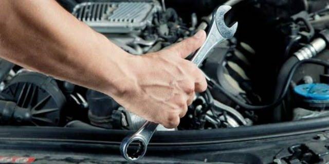 manutenzione auto aziendale